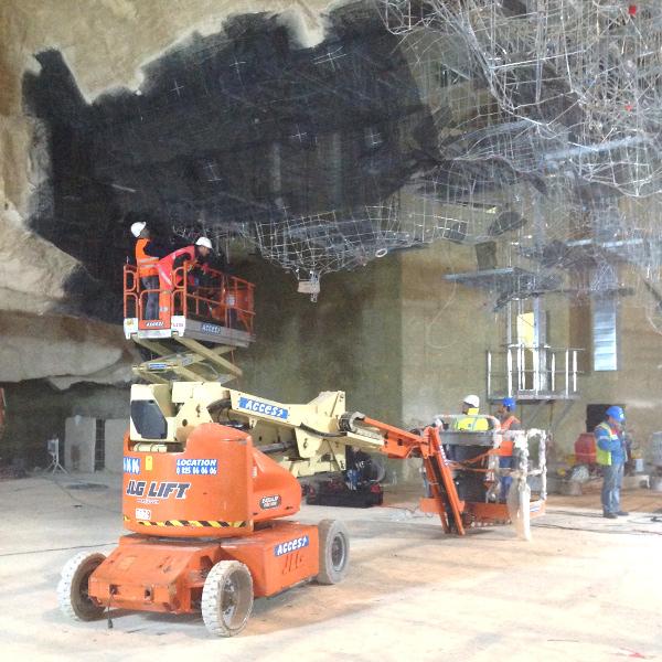 grotte_collaborateurs_vinci_construction_nacelle